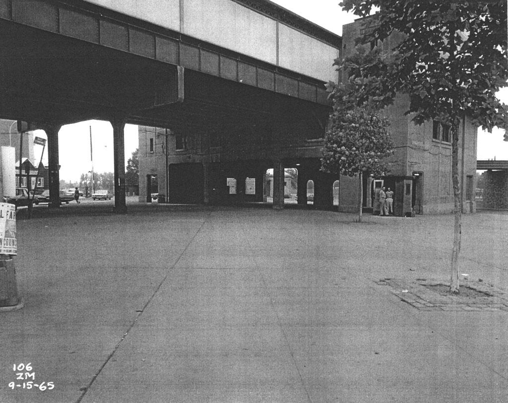 (199k, 1024x813)<br><b>Country:</b> United States<br><b>City:</b> New York<br><b>System:</b> New York City Transit<br><b>Line:</b> IRT Pelham Line<br><b>Location:</b> Pelham Bay Park <br><b>Collection of:</b> Al Westerfield<br><b>Date:</b> 9/15/1965<br><b>Viewed (this week/total):</b> 0 / 2240