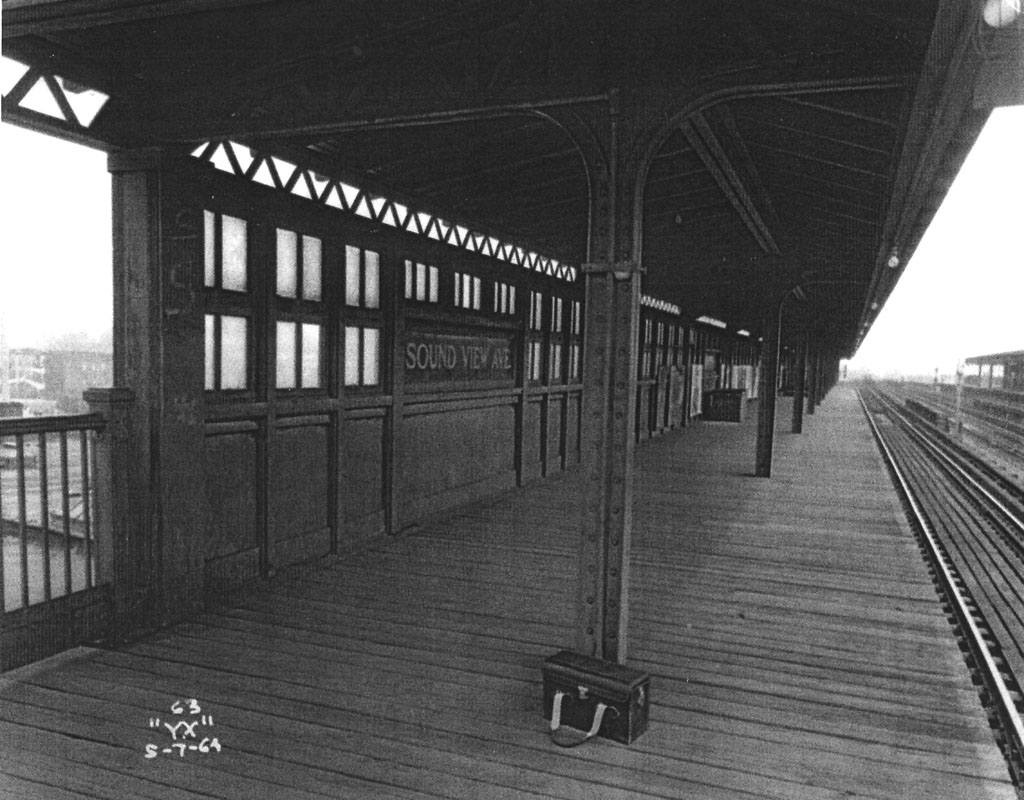 (169k, 1024x800)<br><b>Country:</b> United States<br><b>City:</b> New York<br><b>System:</b> New York City Transit<br><b>Line:</b> IRT Pelham Line<br><b>Location:</b> Morrison/Soundview Aves. <br><b>Collection of:</b> Al Westerfield<br><b>Date:</b> 5/7/1964<br><b>Viewed (this week/total):</b> 0 / 1747