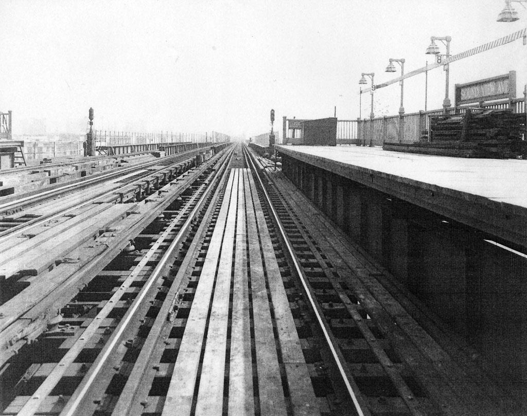 (206k, 1024x809)<br><b>Country:</b> United States<br><b>City:</b> New York<br><b>System:</b> New York City Transit<br><b>Line:</b> IRT Pelham Line<br><b>Location:</b> Morrison/Soundview Aves. <br><b>Collection of:</b> Al Westerfield<br><b>Viewed (this week/total):</b> 0 / 1691