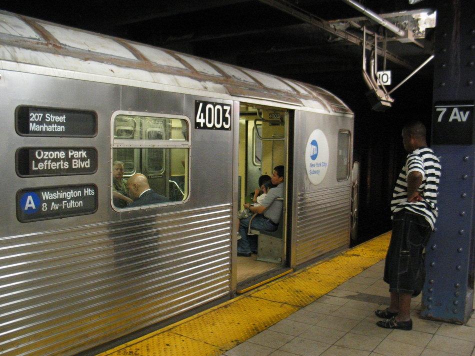 (163k, 950x713)<br><b>Country:</b> United States<br><b>City:</b> New York<br><b>System:</b> New York City Transit<br><b>Line:</b> IND Queens Boulevard Line<br><b>Location:</b> 7th Avenue/53rd Street <br><b>Route:</b> A<br><b>Car:</b> R-38 (St. Louis, 1966-1967)  4003 <br><b>Photo by:</b> David of Broadway<br><b>Date:</b> 7/16/2006<br><b>Notes:</b> A train via 6th Avenue reroute.<br><b>Viewed (this week/total):</b> 8 / 6026