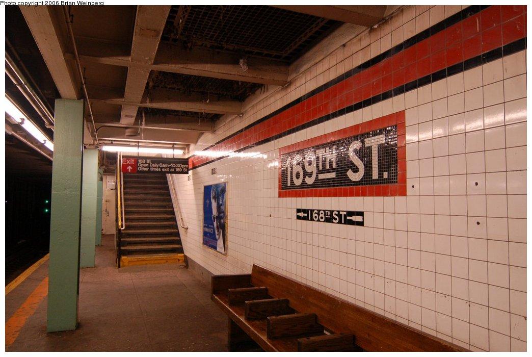 (198k, 1044x700)<br><b>Country:</b> United States<br><b>City:</b> New York<br><b>System:</b> New York City Transit<br><b>Line:</b> IND Queens Boulevard Line<br><b>Location:</b> 169th Street <br><b>Photo by:</b> Brian Weinberg<br><b>Date:</b> 7/16/2006<br><b>Viewed (this week/total):</b> 7 / 3145