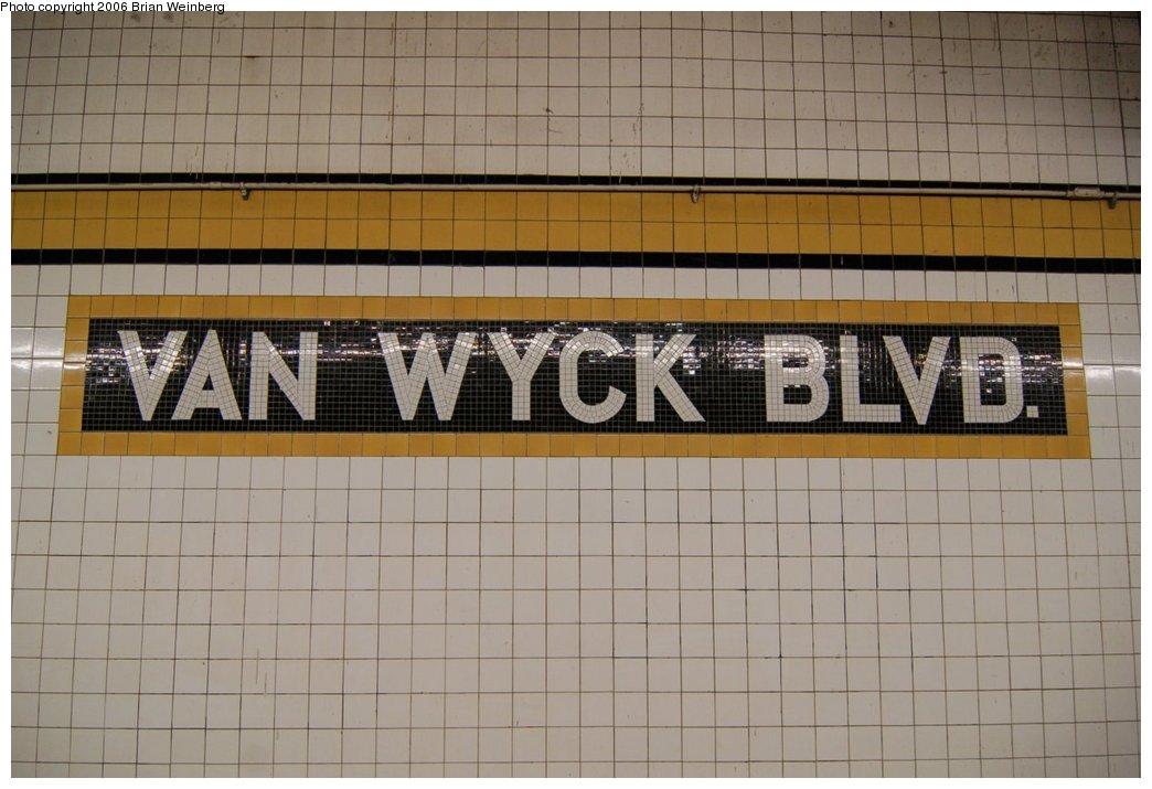 (193k, 1044x715)<br><b>Country:</b> United States<br><b>City:</b> New York<br><b>System:</b> New York City Transit<br><b>Line:</b> IND Queens Boulevard Line<br><b>Location:</b> Briarwood/Van Wyck Boulevard <br><b>Photo by:</b> Brian Weinberg<br><b>Date:</b> 7/16/2006<br><b>Viewed (this week/total):</b> 1 / 1966