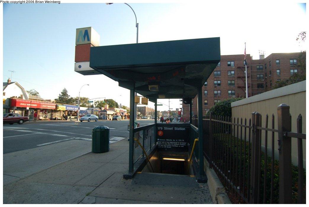 (171k, 1044x700)<br><b>Country:</b> United States<br><b>City:</b> New York<br><b>System:</b> New York City Transit<br><b>Line:</b> IND Queens Boulevard Line<br><b>Location:</b> 179th Street <br><b>Photo by:</b> Brian Weinberg<br><b>Date:</b> 7/16/2006<br><b>Notes:</b> Entrance<br><b>Viewed (this week/total):</b> 1 / 3388