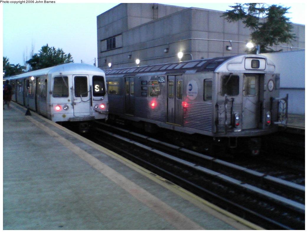 (136k, 1044x788)<br><b>Country:</b> United States<br><b>City:</b> New York<br><b>System:</b> New York City Transit<br><b>Line:</b> IND Rockaway<br><b>Location:</b> Broad Channel <br><b>Route:</b> A<br><b>Car:</b> R-38 (St. Louis, 1966-1967)  4084 <br><b>Photo by:</b> John Barnes<br><b>Date:</b> 7/16/2006<br><b>Viewed (this week/total):</b> 0 / 2896