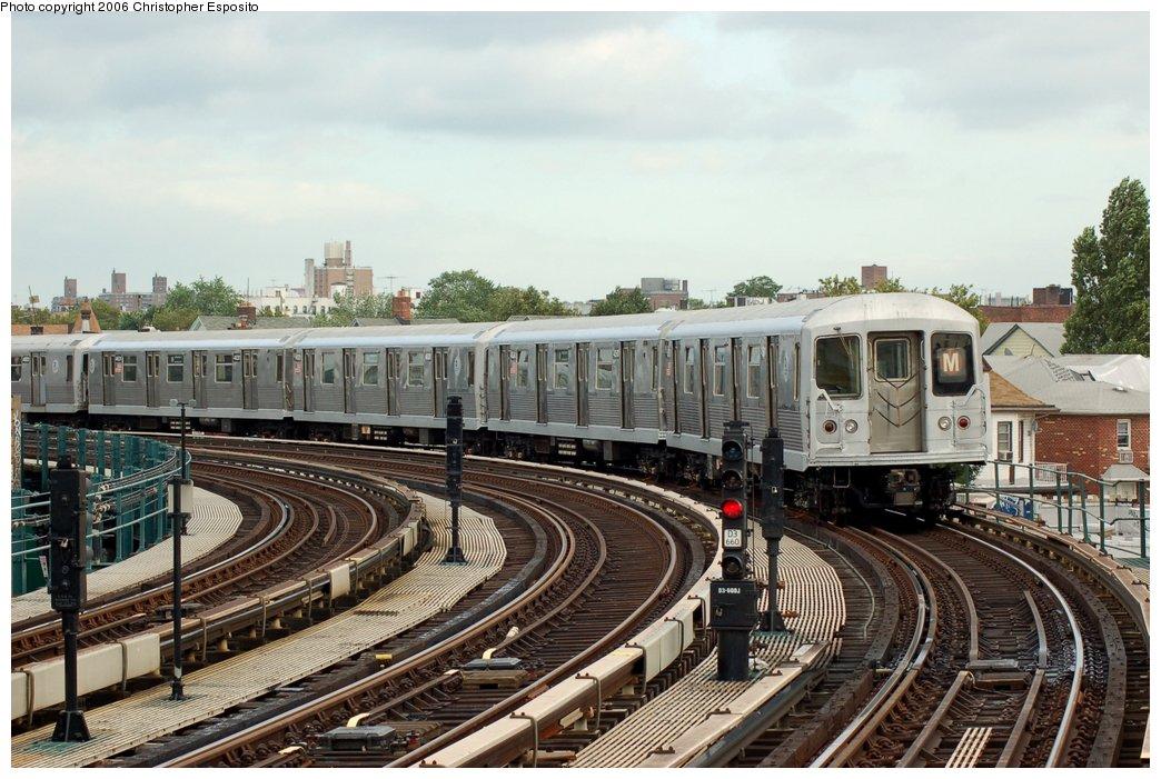 (173k, 1044x701)<br><b>Country:</b> United States<br><b>City:</b> New York<br><b>System:</b> New York City Transit<br><b>Line:</b> BMT West End Line<br><b>Location:</b> 18th Avenue <br><b>Route:</b> M<br><b>Car:</b> R-42 (St. Louis, 1969-1970)   <br><b>Photo by:</b> Christopher Esposito<br><b>Date:</b> 7/20/2006<br><b>Viewed (this week/total):</b> 0 / 2654