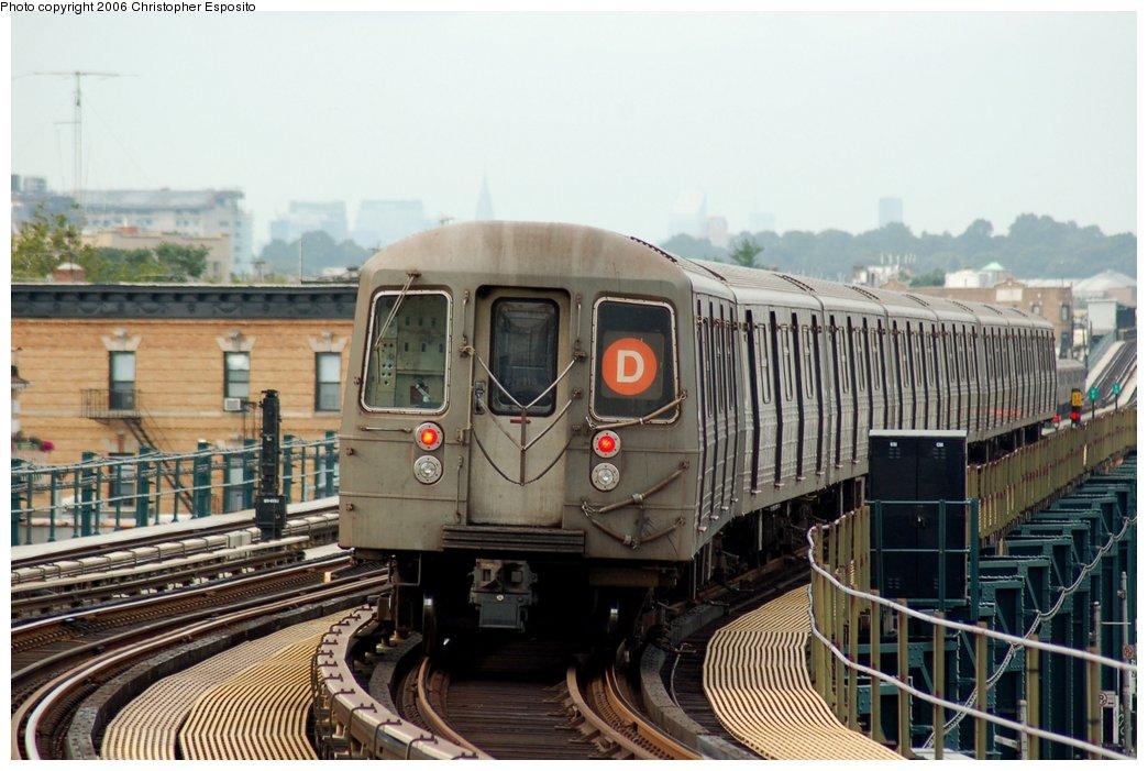 (148k, 1044x701)<br><b>Country:</b> United States<br><b>City:</b> New York<br><b>System:</b> New York City Transit<br><b>Line:</b> BMT West End Line<br><b>Location:</b> 18th Avenue <br><b>Route:</b> D<br><b>Car:</b> R-68/R-68A Series (Number Unknown)  <br><b>Photo by:</b> Christopher Esposito<br><b>Date:</b> 7/20/2006<br><b>Viewed (this week/total):</b> 0 / 2388