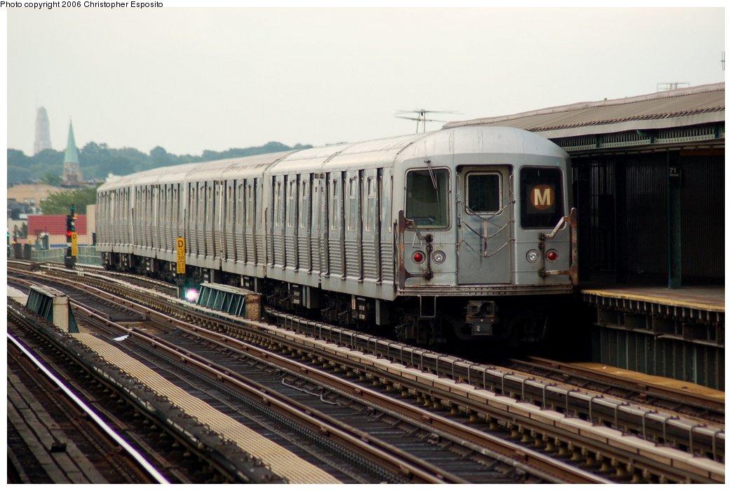 (141k, 1044x701)<br><b>Country:</b> United States<br><b>City:</b> New York<br><b>System:</b> New York City Transit<br><b>Line:</b> BMT West End Line<br><b>Location:</b> 71st Street <br><b>Route:</b> M<br><b>Car:</b> R-42 (St. Louis, 1969-1970)  4687 <br><b>Photo by:</b> Christopher Esposito<br><b>Date:</b> 7/20/2006<br><b>Viewed (this week/total):</b> 1 / 2349