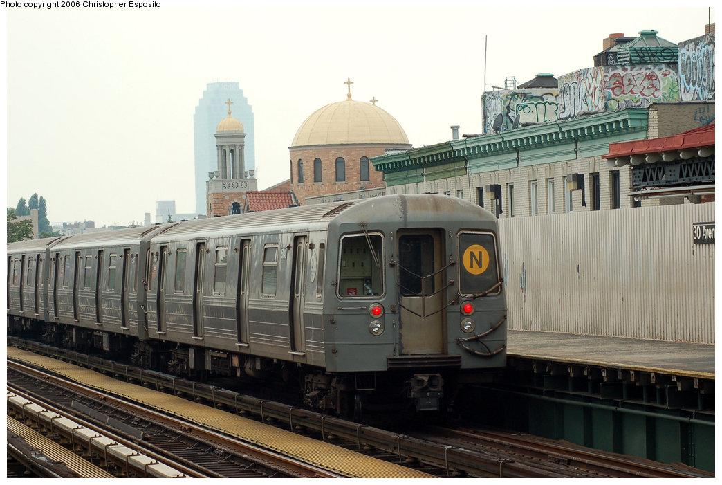(181k, 1044x701)<br><b>Country:</b> United States<br><b>City:</b> New York<br><b>System:</b> New York City Transit<br><b>Line:</b> BMT Astoria Line<br><b>Location:</b> 30th/Grand Aves. <br><b>Route:</b> N<br><b>Car:</b> R-68A (Kawasaki, 1988-1989)  5148 <br><b>Photo by:</b> Christopher Esposito<br><b>Date:</b> 7/27/2006<br><b>Viewed (this week/total):</b> 0 / 2246