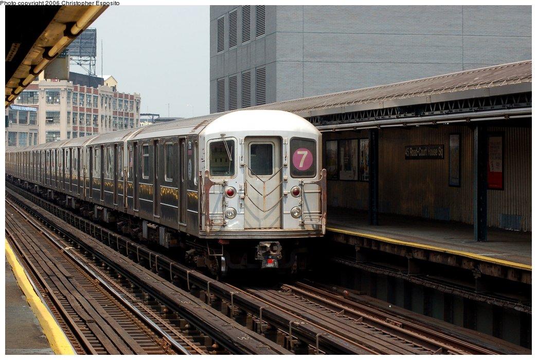 (170k, 1044x701)<br><b>Country:</b> United States<br><b>City:</b> New York<br><b>System:</b> New York City Transit<br><b>Line:</b> IRT Flushing Line<br><b>Location:</b> Court House Square/45th Road <br><b>Route:</b> 7<br><b>Car:</b> R-62A (Bombardier, 1984-1987)   <br><b>Photo by:</b> Christopher Esposito<br><b>Date:</b> 7/26/2006<br><b>Viewed (this week/total):</b> 1 / 1955