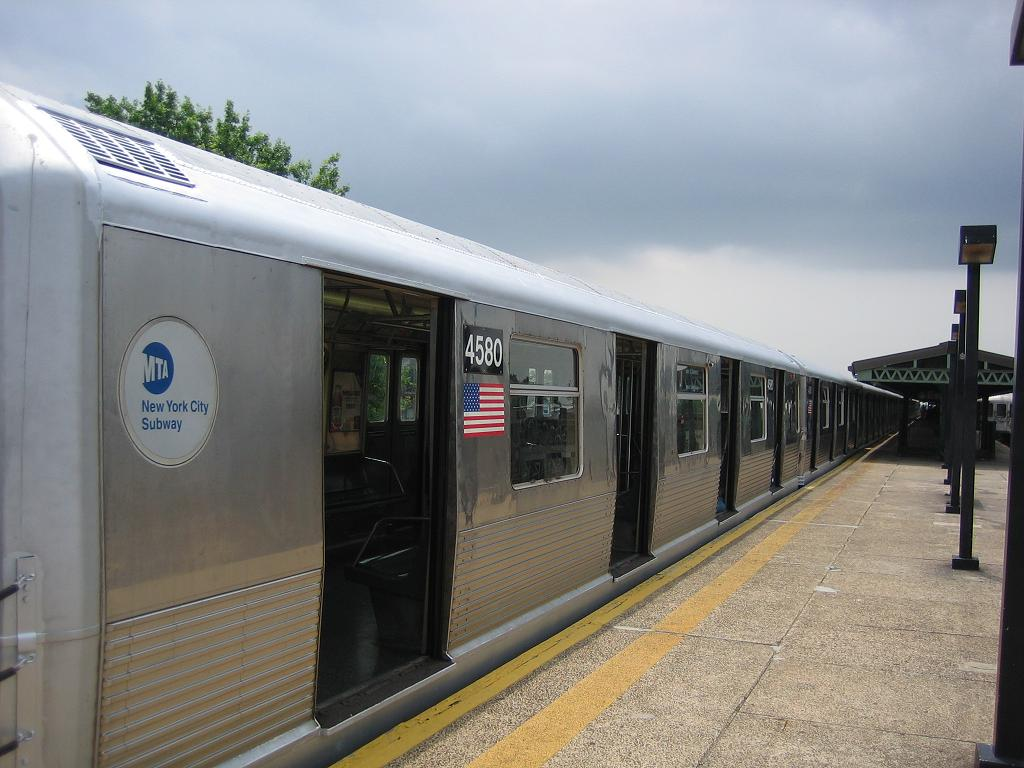 (108k, 1024x768)<br><b>Country:</b> United States<br><b>City:</b> New York<br><b>System:</b> New York City Transit<br><b>Line:</b> BMT Culver Line<br><b>Location:</b> 18th Avenue <br><b>Car:</b> R-42 (St. Louis, 1969-1970)  4580 <br><b>Photo by:</b> Michael Hodurski<br><b>Date:</b> 7/13/2006<br><b>Notes:</b> Train being used for filming of movie The Brave One.<br><b>Viewed (this week/total):</b> 2 / 3123