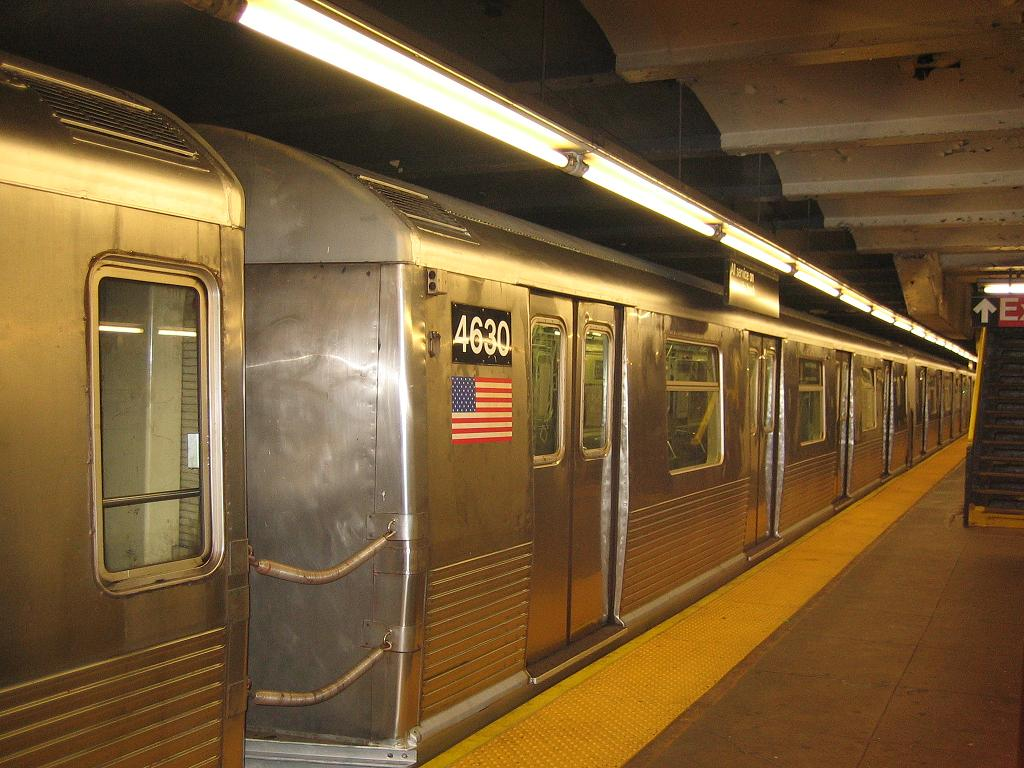 (128k, 1024x768)<br><b>Country:</b> United States<br><b>City:</b> New York<br><b>System:</b> New York City Transit<br><b>Line:</b> IND Crosstown Line<br><b>Location:</b> Church Avenue <br><b>Car:</b> R-42 (St. Louis, 1969-1970)  4630 <br><b>Photo by:</b> Michael Hodurski<br><b>Date:</b> 7/14/2006<br><b>Notes:</b> Train being used for filming of movie The Brave One.<br><b>Viewed (this week/total):</b> 0 / 2655