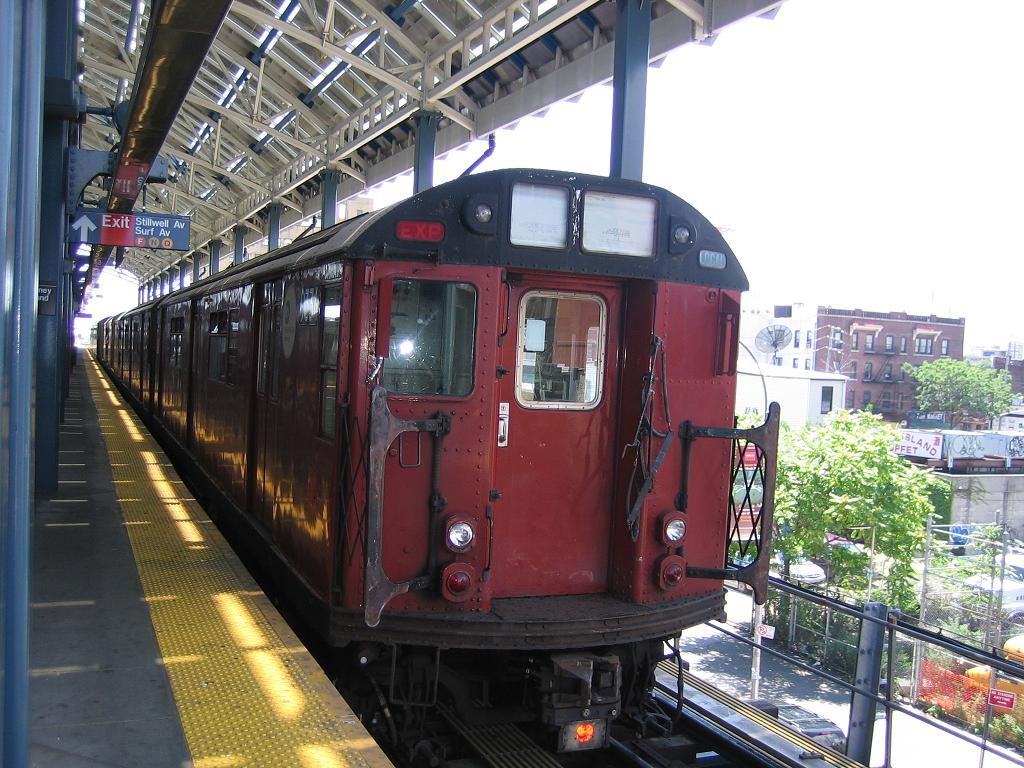 (155k, 1024x768)<br><b>Country:</b> United States<br><b>City:</b> New York<br><b>System:</b> New York City Transit<br><b>Location:</b> Coney Island/Stillwell Avenue<br><b>Route:</b> Work Service<br><b>Car:</b> R-33 World's Fair (St. Louis, 1963-64) 9334 <br><b>Photo by:</b> Michael Hodurski<br><b>Date:</b> 7/24/2006<br><b>Viewed (this week/total):</b> 0 / 2295