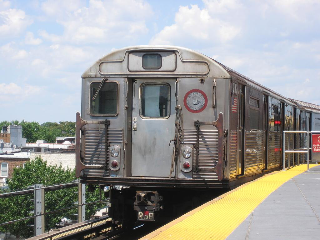 (128k, 1024x768)<br><b>Country:</b> United States<br><b>City:</b> New York<br><b>System:</b> New York City Transit<br><b>Location:</b> Coney Island/Stillwell Avenue<br><b>Route:</b> Work Service<br><b>Car:</b> R-38 (St. Louis, 1966-1967)  4104 <br><b>Photo by:</b> Michael Hodurski<br><b>Date:</b> 7/24/2006<br><b>Viewed (this week/total):</b> 3 / 2427
