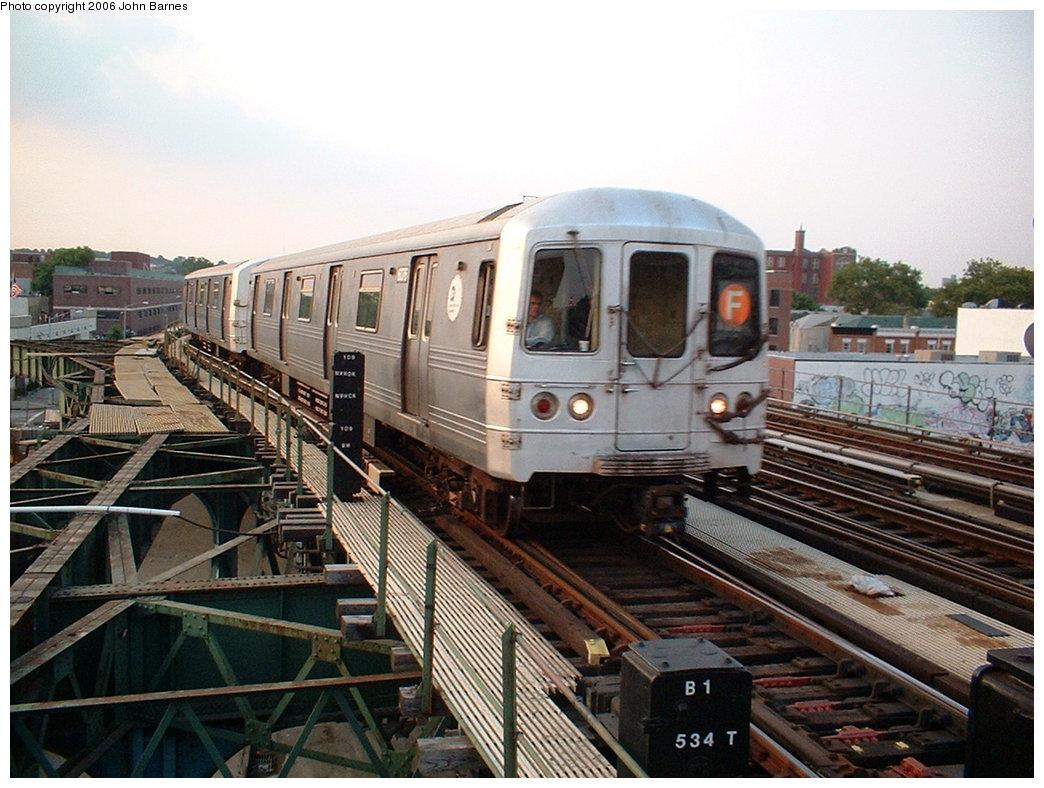 (196k, 1044x788)<br><b>Country:</b> United States<br><b>City:</b> New York<br><b>System:</b> New York City Transit<br><b>Line:</b> BMT Culver Line<br><b>Location:</b> Ditmas Avenue <br><b>Route:</b> F<br><b>Car:</b> R-46 (Pullman-Standard, 1974-75) 6076 <br><b>Photo by:</b> John Barnes<br><b>Date:</b> 7/26/2006<br><b>Viewed (this week/total):</b> 0 / 2626