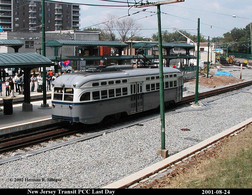 (284k, 1024x794)<br><b>Country:</b> United States<br><b>City:</b> Newark, NJ<br><b>System:</b> Newark City Subway<br><b>Location:</b> Branch Brook Park <br><b>Car:</b> NJTransit/PSCT PCC (Ex-Twin City) (St. Louis Car Co., 1946-1947) 6 <br><b>Photo by:</b> Herman R. Silbiger<br><b>Date:</b> 8/24/2001<br><b>Viewed (this week/total):</b> 0 / 1951