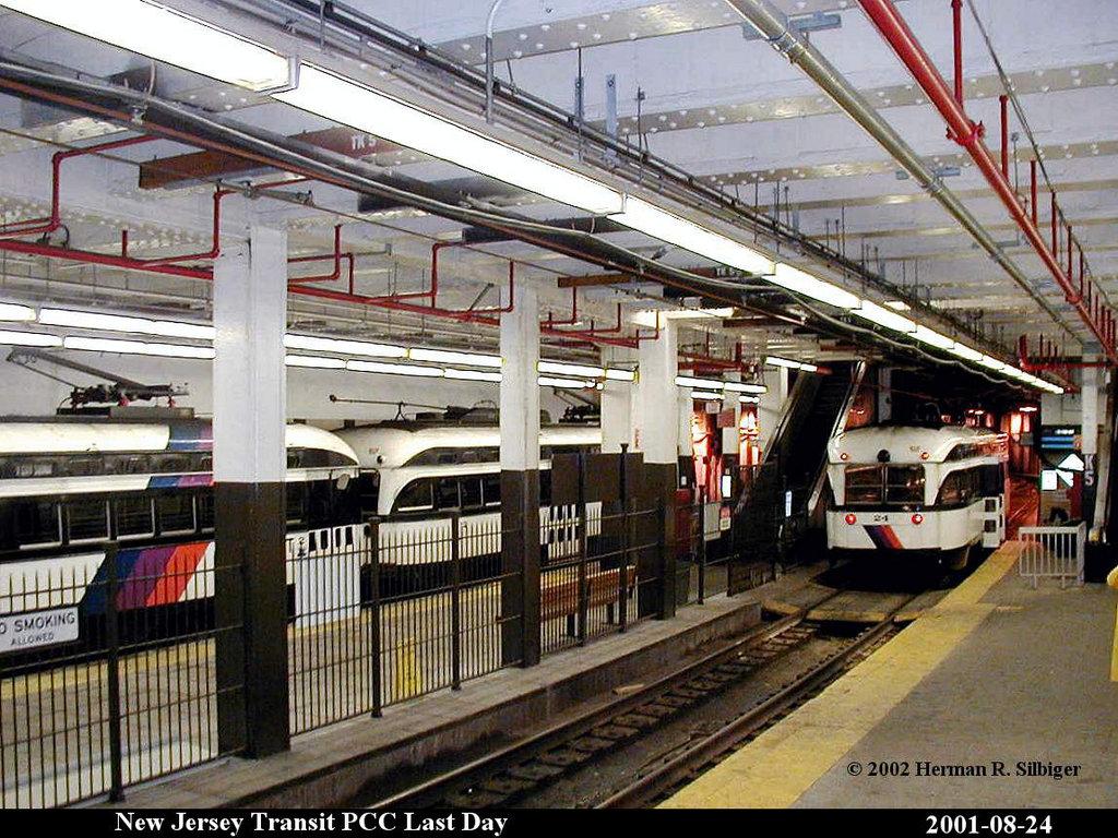 (258k, 1024x768)<br><b>Country:</b> United States<br><b>City:</b> Newark, NJ<br><b>System:</b> Newark City Subway<br><b>Location:</b> Penn Station <br><b>Car:</b> NJTransit/PSCT PCC (Ex-Twin City) (St. Louis Car Co., 1946-1947) 24 <br><b>Photo by:</b> Herman R. Silbiger<br><b>Date:</b> 8/24/2001<br><b>Viewed (this week/total):</b> 2 / 3291