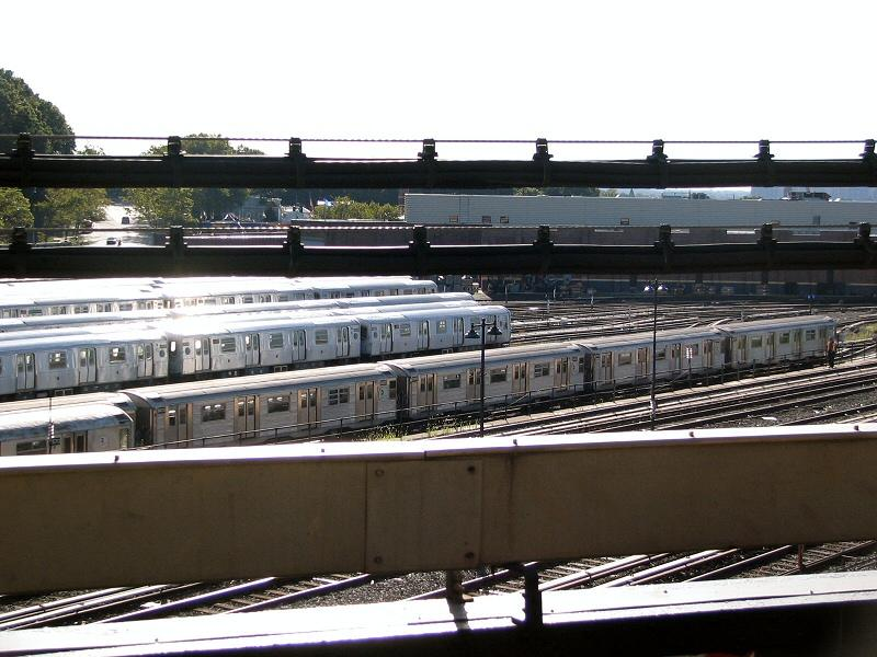 (93k, 800x600)<br><b>Country:</b> United States<br><b>City:</b> New York<br><b>System:</b> New York City Transit<br><b>Location:</b> East New York Yard/Shops<br><b>Car:</b> R-32 (Budd, 1964)  3403 <br><b>Photo by:</b> Dante D. Angerville<br><b>Date:</b> 8/11/2006<br><b>Notes:</b> Train of R32s in East New York yard (which doesn't normally host any R32s). The consist is 3588-3589 (at far left) with 3403-3402-3918-3601.<br><b>Viewed (this week/total):</b> 0 / 3823