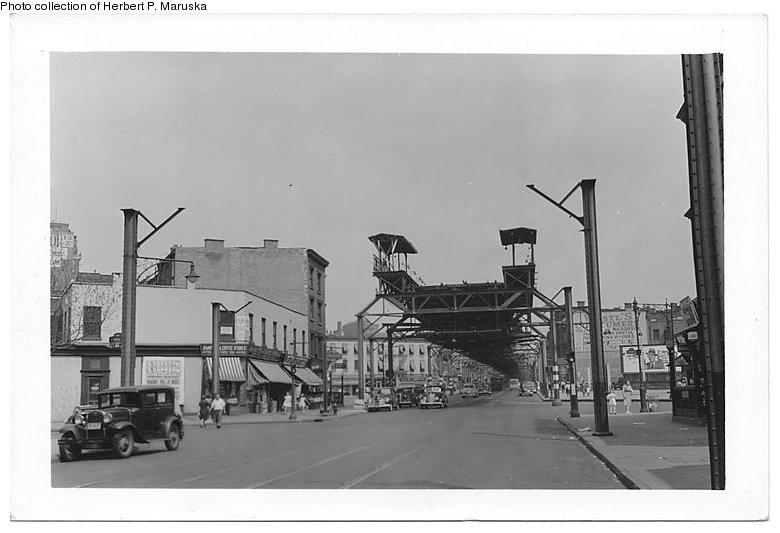 (62k, 780x533)<br><b>Country:</b> United States<br><b>City:</b> New York<br><b>System:</b> New York City Transit<br><b>Line:</b> BMT Fulton<br><b>Location:</b> Lafayette Avenue <br><b>Collection of:</b> Herbert P. Maruska<br><b>Date:</b> 1941<br><b>Notes:</b> Demolition of Fulton El at Ft. Greene Pl.<br><b>Viewed (this week/total):</b> 0 / 2108