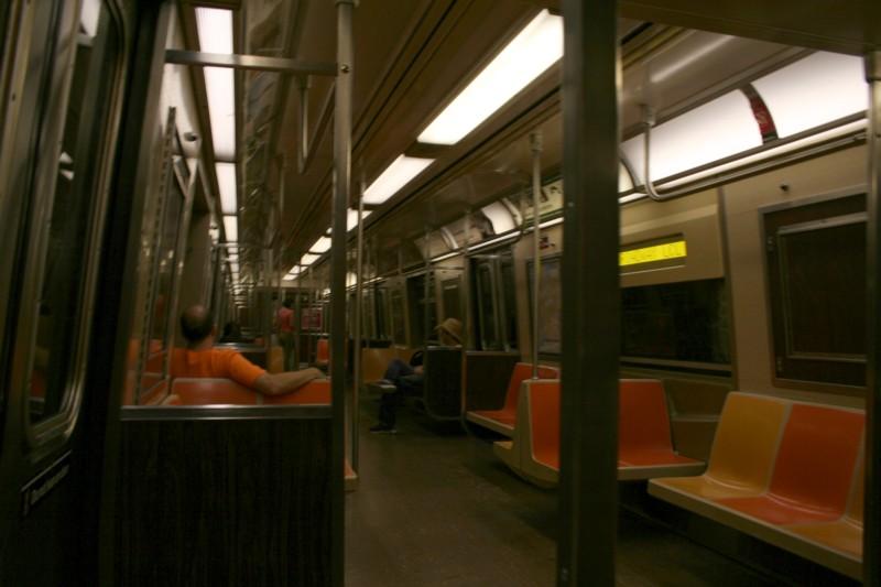 (85k, 800x533)<br><b>Country:</b> United States<br><b>City:</b> New York<br><b>System:</b> New York City Transit<br><b>Route:</b> R<br><b>Car:</b> R-46 (Pullman-Standard, 1974-75) 5958 <br><b>Photo by:</b> Neil Feldman<br><b>Date:</b> 8/11/2006<br><b>Viewed (this week/total):</b> 0 / 2097