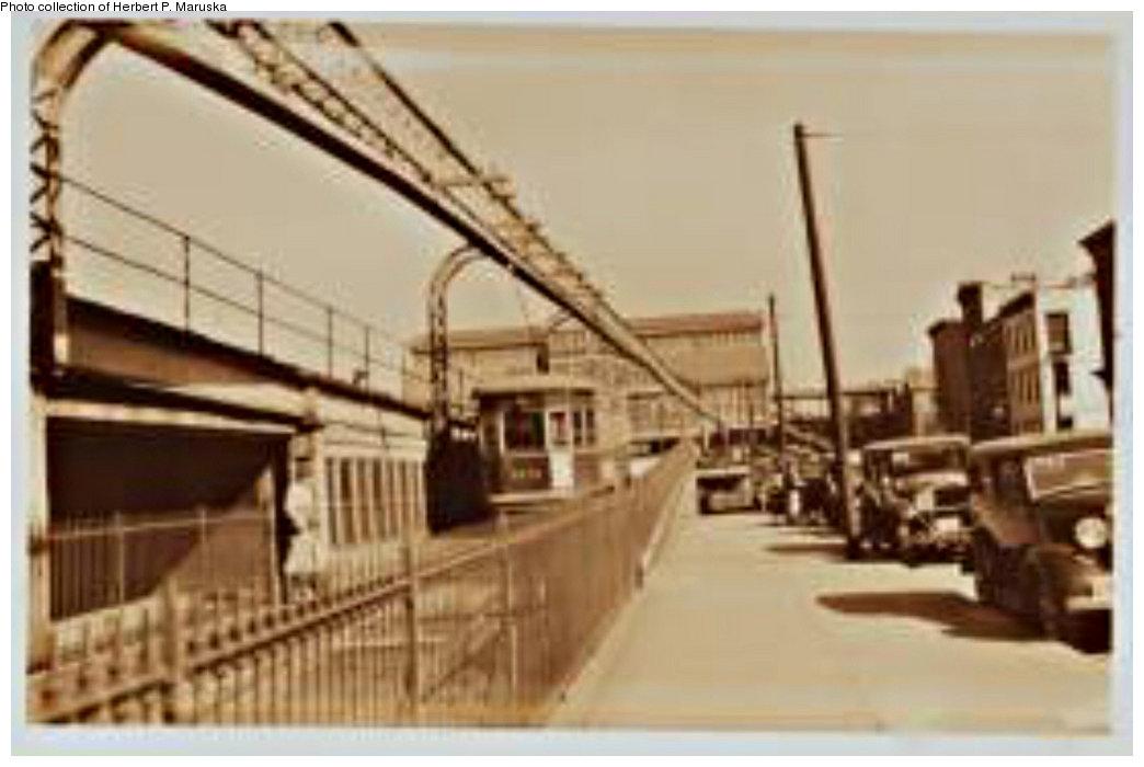 (126k, 1044x700)<br><b>Country:</b> United States<br><b>City:</b> New York<br><b>System:</b> New York City Transit<br><b>Line:</b> BMT Fulton<br><b>Location:</b> Sands Street <br><b>Collection of:</b> Herbert P. Maruska<br><b>Date:</b> 1937<br><b>Notes:</b> Sands St. station view from Wnshington St.<br><b>Viewed (this week/total):</b> 3 / 1745