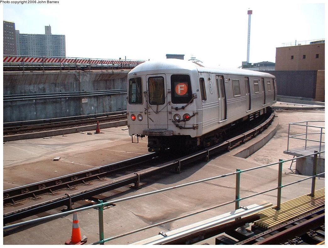 (192k, 1044x788)<br><b>Country:</b> United States<br><b>City:</b> New York<br><b>System:</b> New York City Transit<br><b>Location:</b> Coney Island/Stillwell Avenue<br><b>Route:</b> F<br><b>Car:</b> R-46 (Pullman-Standard, 1974-75) 5712 <br><b>Photo by:</b> John Barnes<br><b>Date:</b> 8/20/2006<br><b>Viewed (this week/total):</b> 0 / 3939