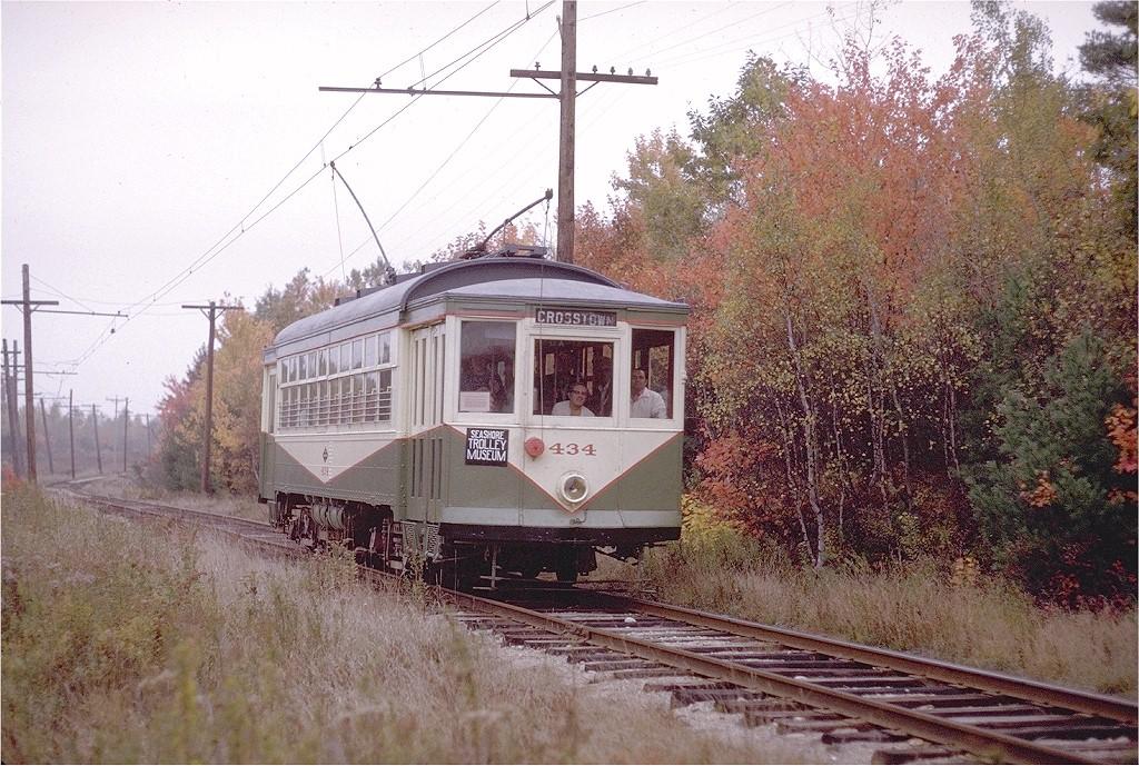 (271k, 1024x689)<br><b>Country:</b> United States<br><b>City:</b> Kennebunk, ME<br><b>System:</b> Seashore Trolley Museum <br><b>Car:</b> Dallas Railway & Terminal 434 <br><b>Photo by:</b> Joe Testagrose<br><b>Date:</b> 10/11/1970<br><b>Viewed (this week/total):</b> 1 / 863