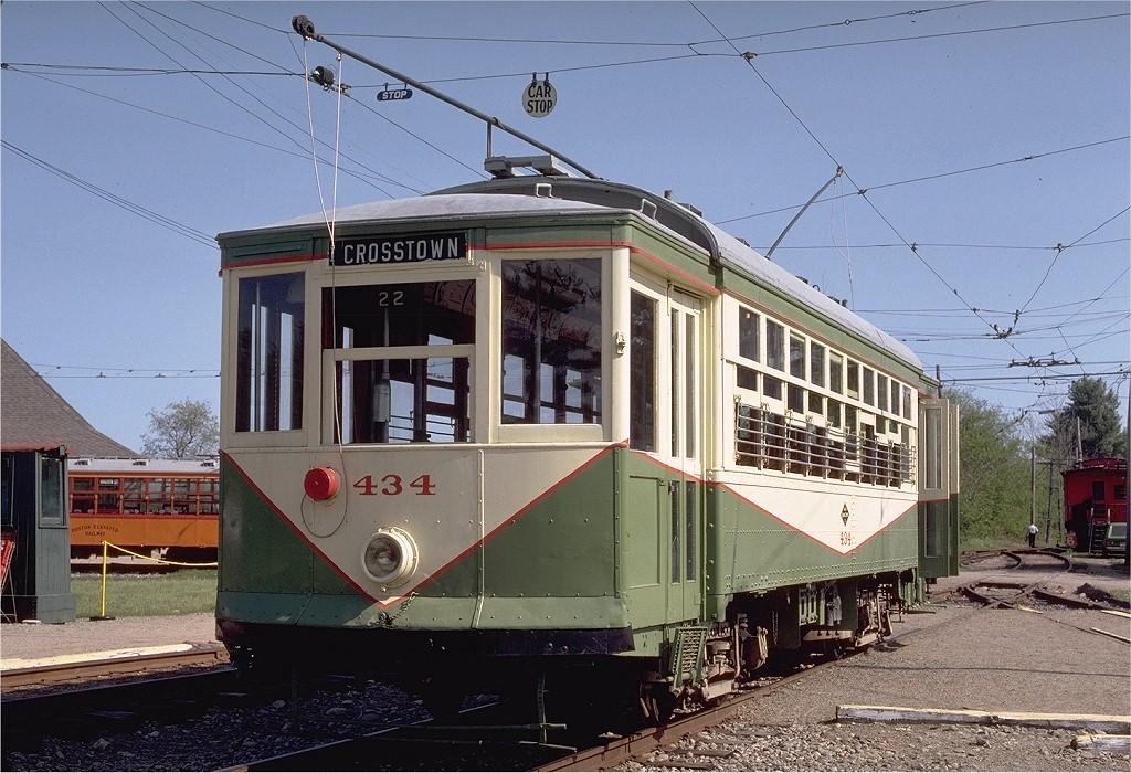(233k, 1024x700)<br><b>Country:</b> United States<br><b>City:</b> Kennebunk, ME<br><b>System:</b> Seashore Trolley Museum <br><b>Car:</b> Dallas Railway & Terminal 434 <br><b>Photo by:</b> Gerald H. Landau<br><b>Collection of:</b> Joe Testagrose<br><b>Date:</b> 5/24/1981<br><b>Viewed (this week/total):</b> 0 / 956