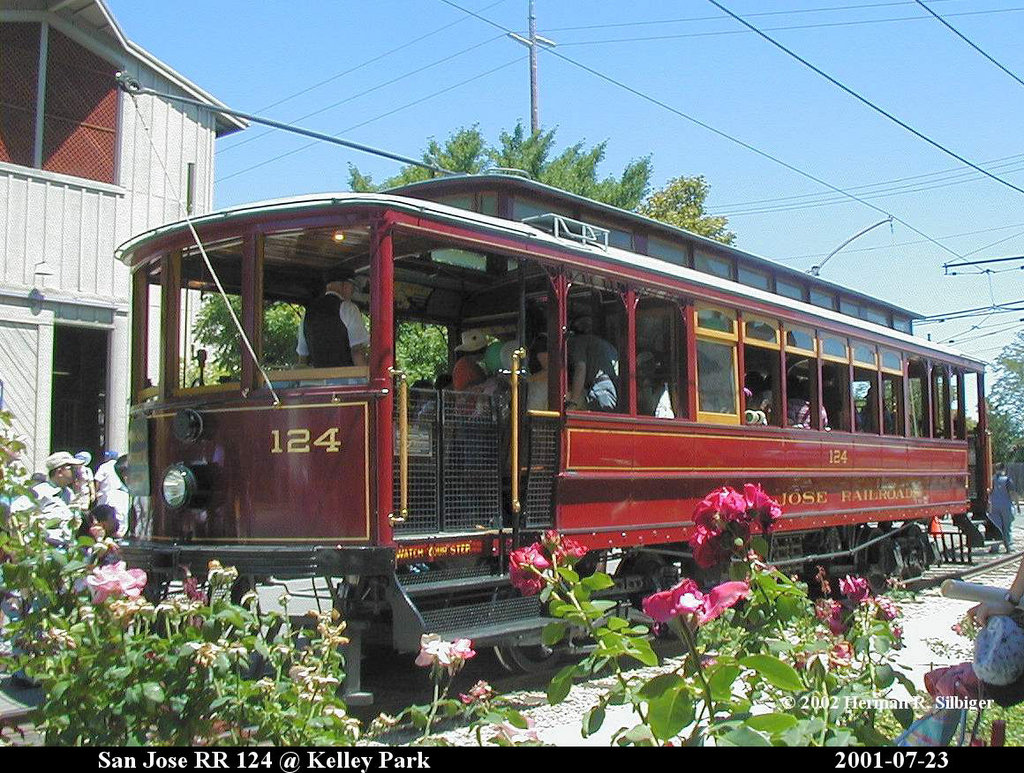 (287k, 1024x773)<br><b>Country:</b> United States<br><b>City:</b> San Jose, CA<br><b>System:</b> Kelley Park Vintage Trolley <br><b>Car:</b>  124 <br><b>Photo by:</b> Herman R. Silbiger<br><b>Date:</b> 7/23/2001<br><b>Viewed (this week/total):</b> 1 / 1315