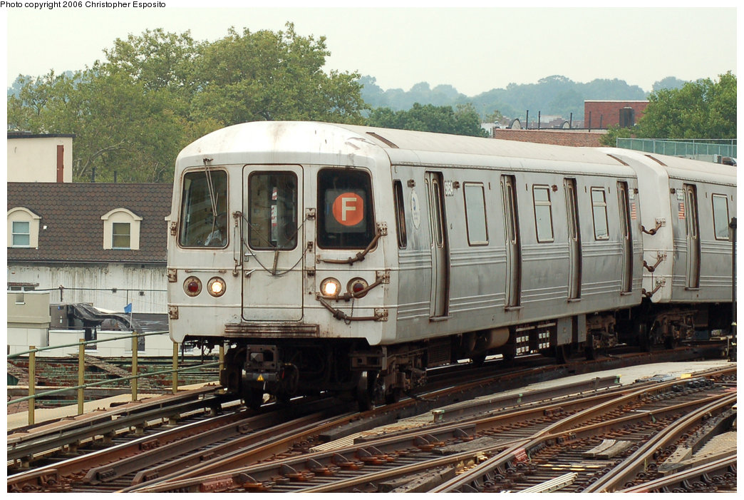 (223k, 1044x701)<br><b>Country:</b> United States<br><b>City:</b> New York<br><b>System:</b> New York City Transit<br><b>Line:</b> BMT Culver Line<br><b>Location:</b> Ditmas Avenue <br><b>Route:</b> F<br><b>Car:</b> R-46 (Pullman-Standard, 1974-75) 5854 <br><b>Photo by:</b> Christopher Esposito<br><b>Date:</b> 8/25/2006<br><b>Viewed (this week/total):</b> 1 / 2641
