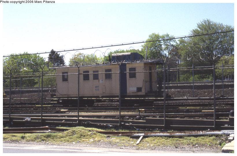 (128k, 820x541)<br><b>Country:</b> United States<br><b>City:</b> New York<br><b>System:</b> New York City Transit<br><b>Line:</b> SIRT<br><b>Location:</b> Clifton Yard/Shops <br><b>Car:</b> SIRT 520 <br><b>Photo by:</b> Marc Pitanza<br><b>Date:</b> 4/24/2002<br><b>Viewed (this week/total):</b> 0 / 3601