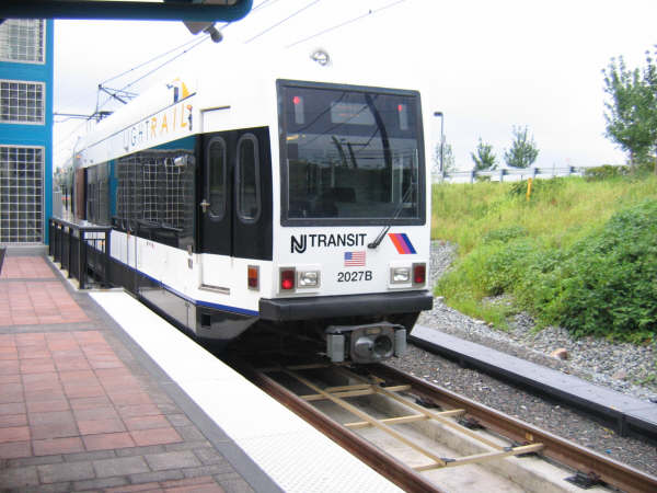 (44k, 600x450)<br><b>Country:</b> United States<br><b>City:</b> North Bergen, NJ<br><b>System:</b> Hudson Bergen Light Rail<br><b>Location:</b> Tonnelle Avenue <br><b>Car:</b> NJT-HBLR LRV (Kinki-Sharyo, 1998-99)  2027 <br><b>Photo by:</b> Professor J<br><b>Date:</b> 8/26/2006<br><b>Viewed (this week/total):</b> 1 / 1398