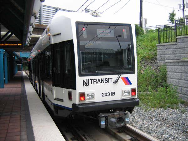 (45k, 600x450)<br><b>Country:</b> United States<br><b>City:</b> North Bergen, NJ<br><b>System:</b> Hudson Bergen Light Rail<br><b>Location:</b> Tonnelle Avenue <br><b>Car:</b> NJT-HBLR LRV (Kinki-Sharyo, 1998-99)  2031 <br><b>Photo by:</b> Professor J<br><b>Date:</b> 8/26/2006<br><b>Viewed (this week/total):</b> 0 / 1477