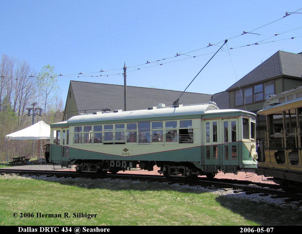 (216k, 1024x794)<br><b>Country:</b> United States<br><b>City:</b> Kennebunk, ME<br><b>System:</b> Seashore Trolley Museum <br><b>Car:</b> Dallas Railway & Terminal 434 <br><b>Photo by:</b> Herman R. Silbiger<br><b>Date:</b> 5/7/2006<br><b>Viewed (this week/total):</b> 0 / 1070