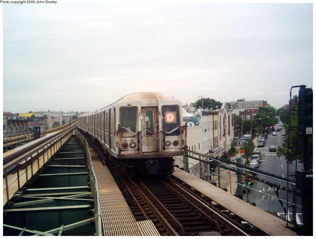 (205k, 1044x788)<br><b>Country:</b> United States<br><b>City:</b> New York<br><b>System:</b> New York City Transit<br><b>Line:</b> BMT West End Line<br><b>Location:</b> 62nd Street <br><b>Route:</b> D<br><b>Car:</b> R-40 (St. Louis, 1968)  4317 <br><b>Photo by:</b> John Dooley<br><b>Date:</b> 6/2006<br><b>Viewed (this week/total):</b> 0 / 3079