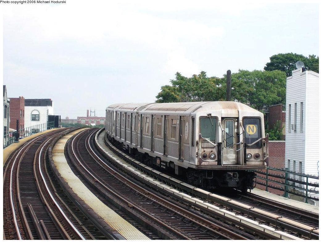 (242k, 1044x788)<br><b>Country:</b> United States<br><b>City:</b> New York<br><b>System:</b> New York City Transit<br><b>Line:</b> BMT Astoria Line<br><b>Location:</b> 30th/Grand Aves. <br><b>Route:</b> N<br><b>Car:</b> R-40 (St. Louis, 1968)  4326 <br><b>Photo by:</b> Michael Hodurski<br><b>Date:</b> 8/19/2006<br><b>Viewed (this week/total):</b> 1 / 3198