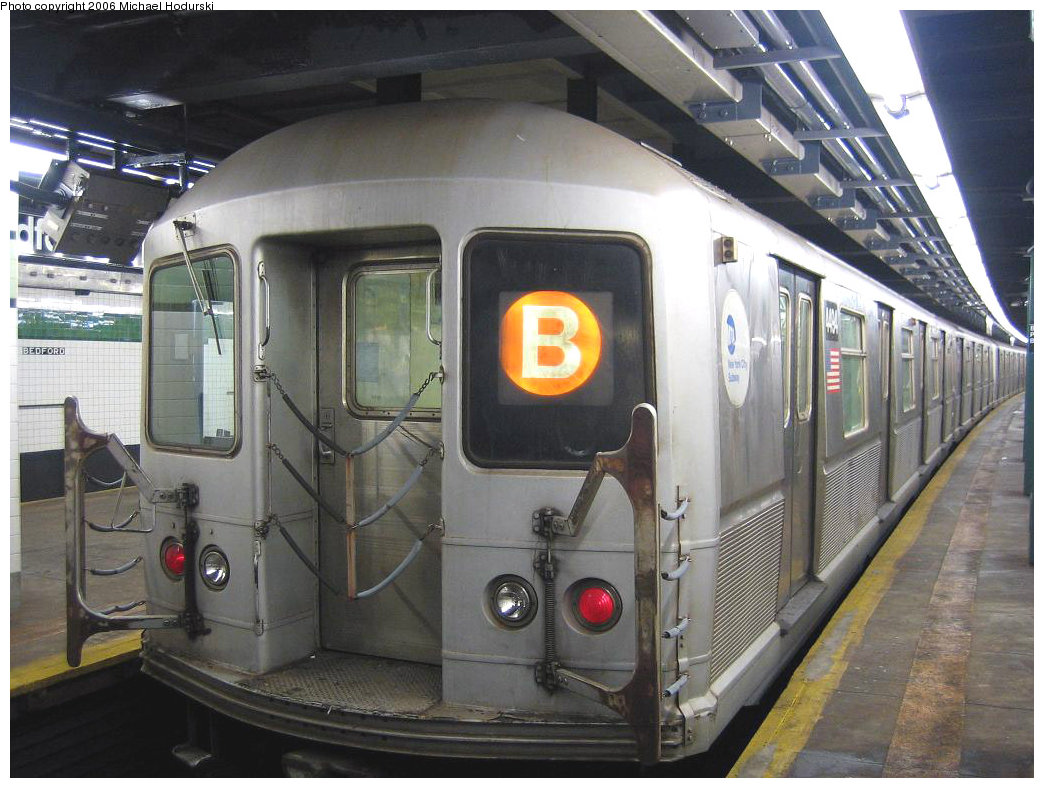 (212k, 1044x788)<br><b>Country:</b> United States<br><b>City:</b> New York<br><b>System:</b> New York City Transit<br><b>Line:</b> IND Concourse Line<br><b>Location:</b> Bedford Park Boulevard <br><b>Route:</b> B<br><b>Car:</b> R-40M (St. Louis, 1969)  4494 <br><b>Photo by:</b> Michael Hodurski<br><b>Date:</b> 8/24/2006<br><b>Viewed (this week/total):</b> 0 / 3517