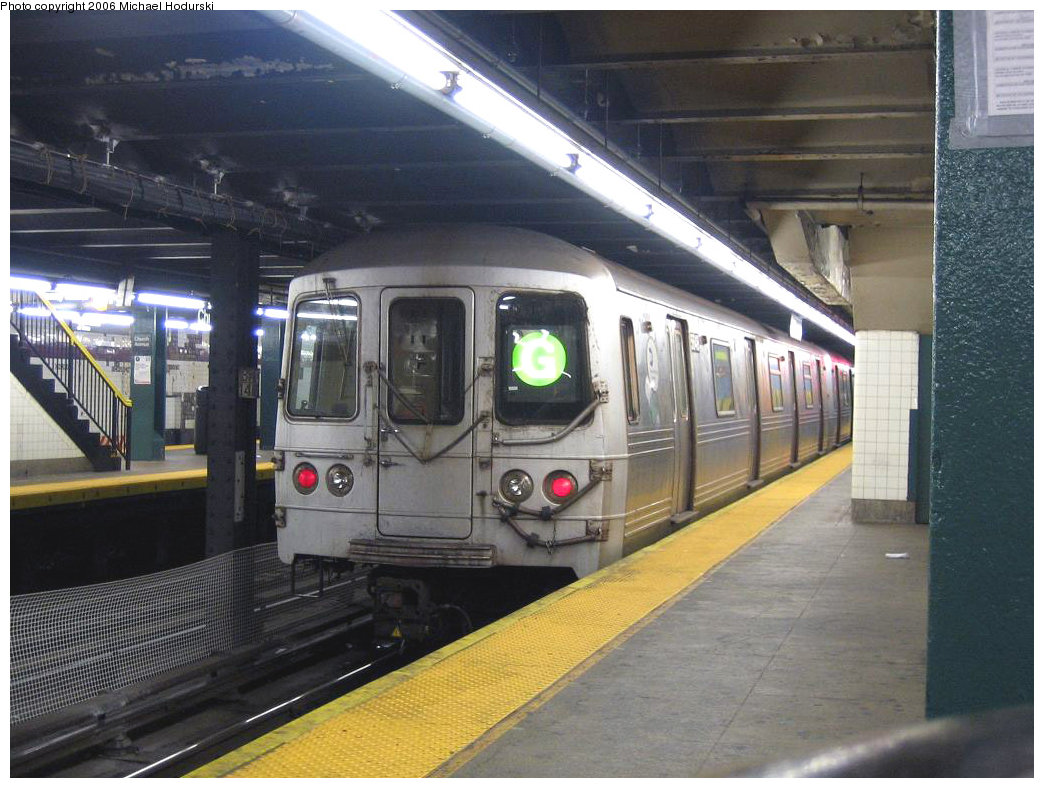 (211k, 1044x788)<br><b>Country:</b> United States<br><b>City:</b> New York<br><b>System:</b> New York City Transit<br><b>Line:</b> IND Crosstown Line<br><b>Location:</b> Church Avenue <br><b>Route:</b> G<br><b>Car:</b> R-46 (Pullman-Standard, 1974-75) 5648 <br><b>Photo by:</b> Michael Hodurski<br><b>Date:</b> 8/27/2006<br><b>Viewed (this week/total):</b> 1 / 4726