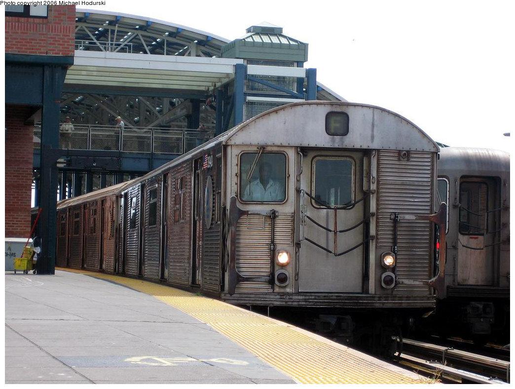 (216k, 1044x788)<br><b>Country:</b> United States<br><b>City:</b> New York<br><b>System:</b> New York City Transit<br><b>Location:</b> Coney Island/Stillwell Avenue<br><b>Route:</b> F<br><b>Car:</b> R-32 (Budd, 1964) 3940 <br><b>Photo by:</b> Michael Hodurski<br><b>Date:</b> 8/20/2006<br><b>Viewed (this week/total):</b> 4 / 2920