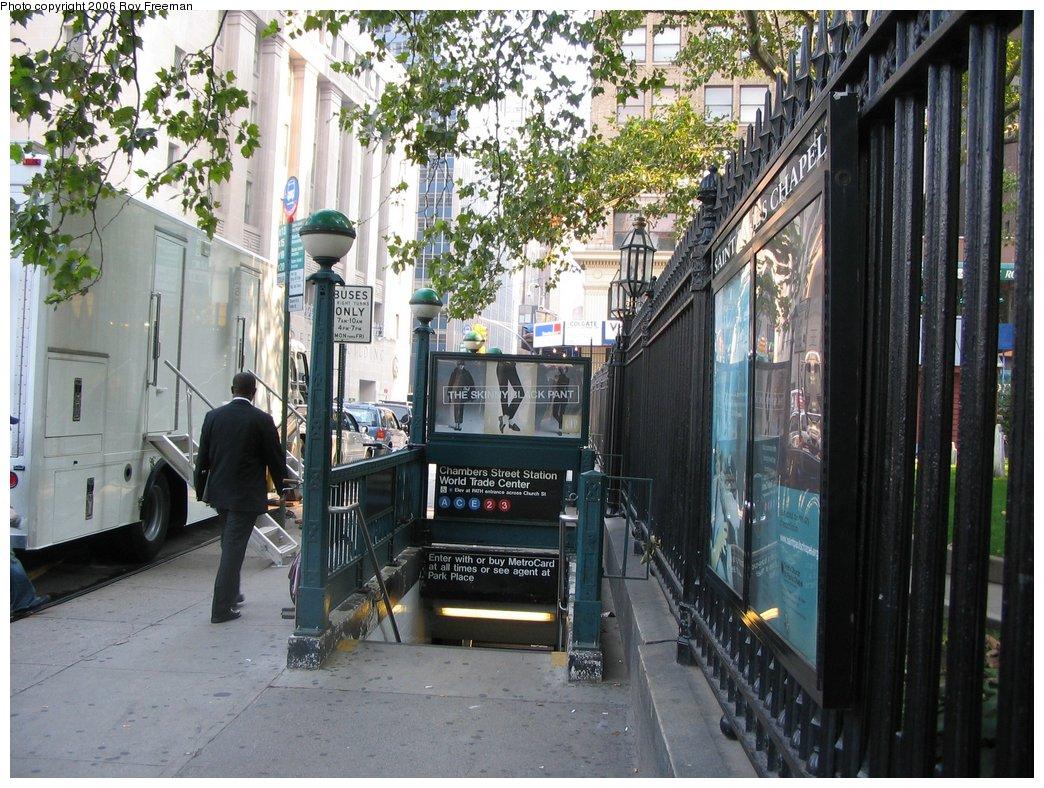 (219k, 1044x788)<br><b>Country:</b> United States<br><b>City:</b> New York<br><b>System:</b> New York City Transit<br><b>Line:</b> IND 8th Avenue Line<br><b>Location:</b> Chambers Street/World Trade Center <br><b>Photo by:</b> Roy Freeman<br><b>Date:</b> 9/9/2006<br><b>Notes:</b> Station entrance south side Vesey east of Church at St. Pauls Churchyard.<br><b>Viewed (this week/total):</b> 1 / 2061