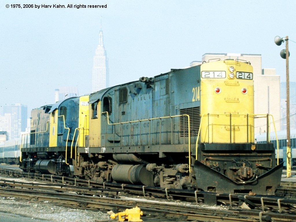 (132k, 1024x768)<br><b>Country:</b> United States<br><b>City:</b> New York<br><b>System:</b> Long Island Rail Road<br><b>Line:</b> LIRR Long Island City<br><b>Location:</b> Long Island City <br><b>Car:</b> LIRR Alco C-420 (Diesel) 214/222 <br><b>Photo by:</b> Harv Kahn<br><b>Date:</b> 10/14/1975<br><b>Viewed (this week/total):</b> 0 / 1089
