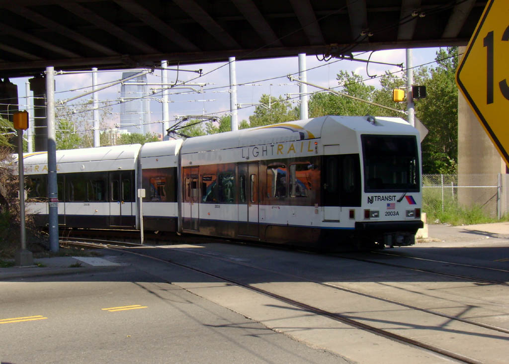 (138k, 1024x732)<br><b>Country:</b> United States<br><b>City:</b> Jersey City, NJ<br><b>System:</b> Hudson Bergen Light Rail<br><b>Location:</b> Liberty State Park <br><b>Car:</b> NJT-HBLR LRV (Kinki-Sharyo, 1998-99)  2003 <br><b>Photo by:</b> Pablo Maneiro<br><b>Date:</b> 9/20/2006<br><b>Viewed (this week/total):</b> 3 / 1805
