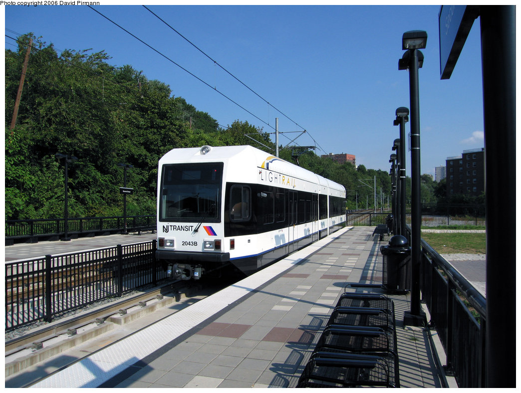 (265k, 1044x788)<br><b>Country:</b> United States<br><b>City:</b> Hoboken, NJ<br><b>System:</b> Hudson Bergen Light Rail<br><b>Location:</b> 2nd Street <br><b>Car:</b> NJT-HBLR LRV (Kinki-Sharyo, 1998-99)  2043 <br><b>Photo by:</b> David Pirmann<br><b>Date:</b> 9/28/2006<br><b>Viewed (this week/total):</b> 0 / 1597