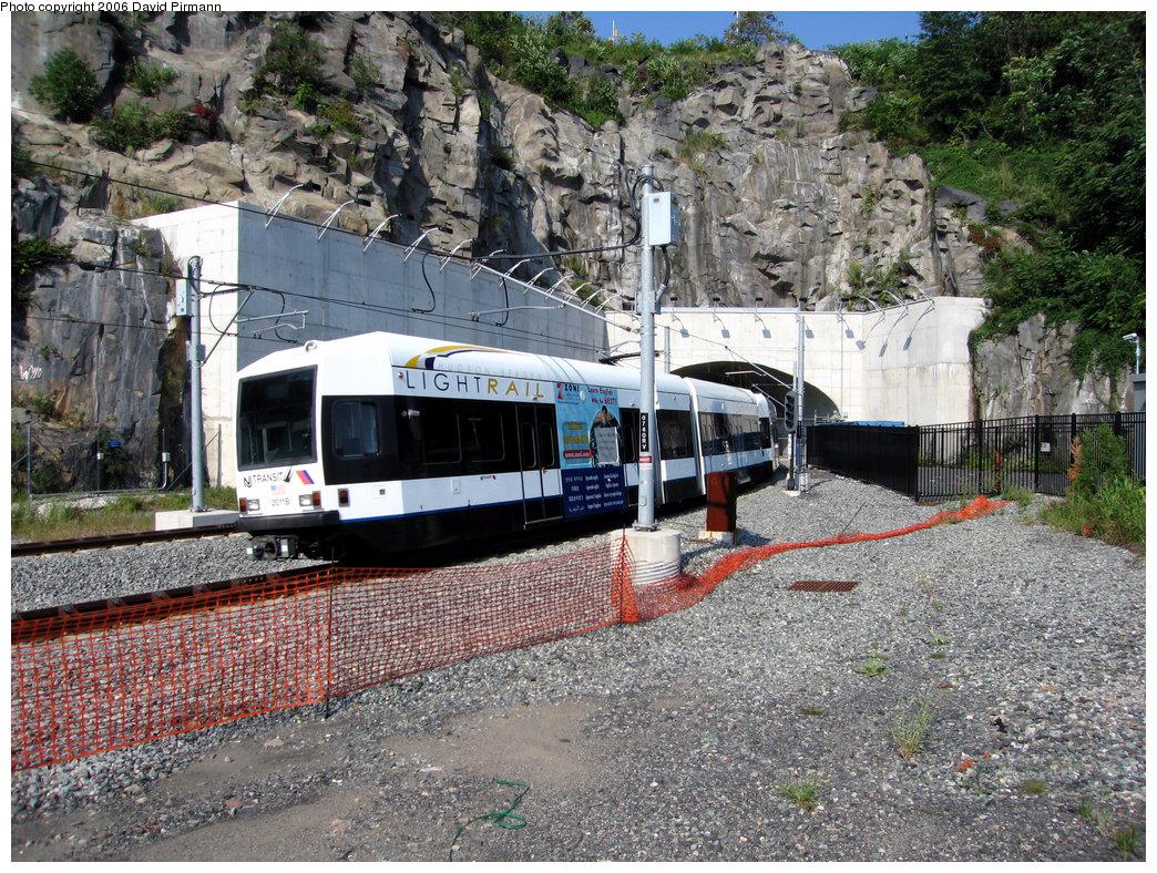 (399k, 1044x788)<br><b>Country:</b> United States<br><b>City:</b> Weehawken, NJ<br><b>System:</b> Hudson Bergen Light Rail<br><b>Location:</b> Weehawken (Palisade) Tunnel (East Portal) <br><b>Car:</b> NJT-HBLR LRV (Kinki-Sharyo, 1998-99)  2011 <br><b>Photo by:</b> David Pirmann<br><b>Date:</b> 9/28/2006<br><b>Viewed (this week/total):</b> 1 / 1776