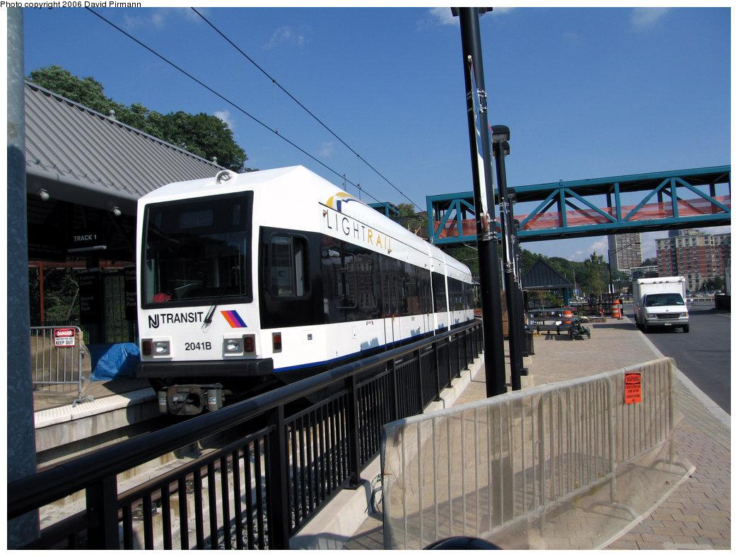 (239k, 1044x788)<br><b>Country:</b> United States<br><b>City:</b> Weehawken, NJ<br><b>System:</b> Hudson Bergen Light Rail<br><b>Location:</b> Port Imperial <br><b>Car:</b> NJT-HBLR LRV (Kinki-Sharyo, 1998-99)  2041 <br><b>Photo by:</b> David Pirmann<br><b>Date:</b> 9/28/2006<br><b>Viewed (this week/total):</b> 0 / 1399