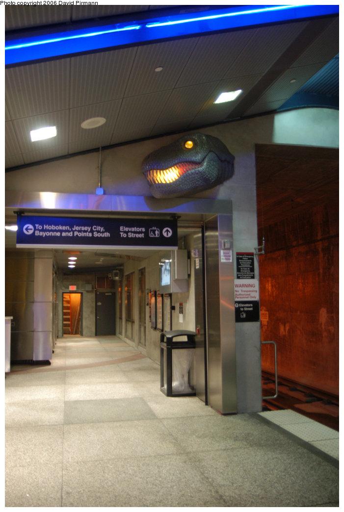 (174k, 701x1044)<br><b>Country:</b> United States<br><b>City:</b> Union City, NJ<br><b>System:</b> Hudson Bergen Light Rail<br><b>Location:</b> Bergenline Avenue <br><b>Photo by:</b> David Pirmann<br><b>Date:</b> 9/28/2006<br><b>Viewed (this week/total):</b> 1 / 1673