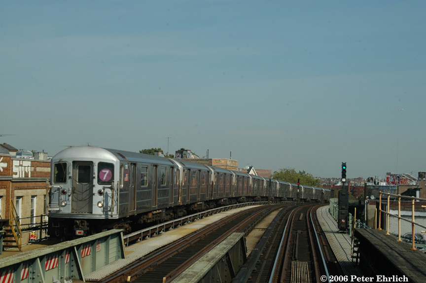(147k, 864x574)<br><b>Country:</b> United States<br><b>City:</b> New York<br><b>System:</b> New York City Transit<br><b>Line:</b> IRT Flushing Line<br><b>Location:</b> 52nd Street/Lincoln Avenue <br><b>Route:</b> 7<br><b>Car:</b> R-62A (Bombardier, 1984-1987)  1706 <br><b>Photo by:</b> Peter Ehrlich<br><b>Date:</b> 10/3/2006<br><b>Viewed (this week/total):</b> 1 / 2372