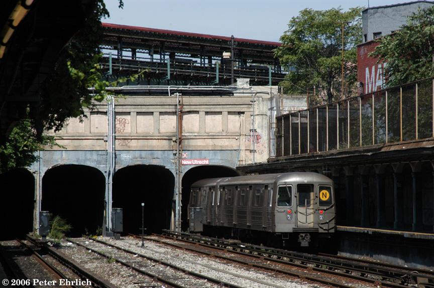 (244k, 864x574)<br><b>Country:</b> United States<br><b>City:</b> New York<br><b>System:</b> New York City Transit<br><b>Line:</b> BMT Sea Beach Line<br><b>Location:</b> New Utrecht Avenue <br><b>Route:</b> N<br><b>Car:</b> R-68 (Westinghouse-Amrail, 1986-1988)  2802 <br><b>Photo by:</b> Peter Ehrlich<br><b>Date:</b> 9/30/2006<br><b>Viewed (this week/total):</b> 1 / 2825