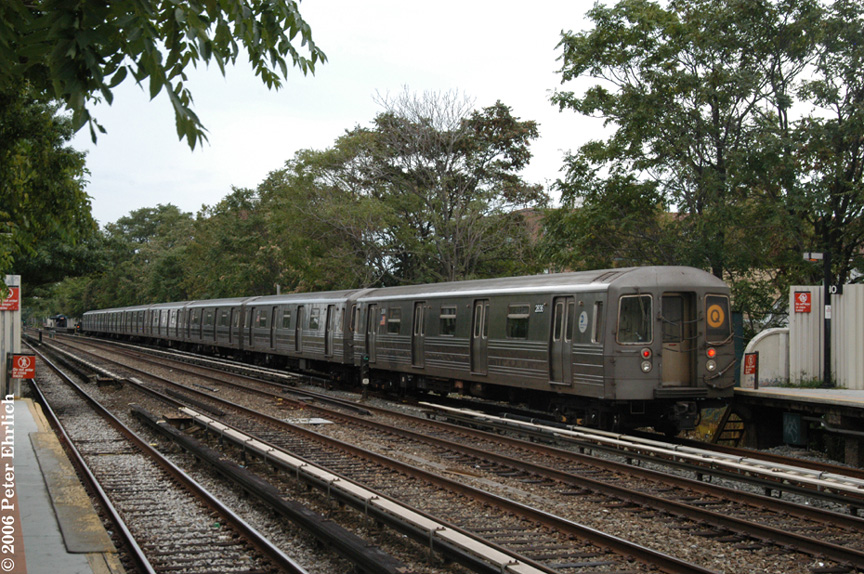 (278k, 864x574)<br><b>Country:</b> United States<br><b>City:</b> New York<br><b>System:</b> New York City Transit<br><b>Line:</b> BMT Brighton Line<br><b>Location:</b> Avenue U <br><b>Route:</b> Q<br><b>Car:</b> R-68 (Westinghouse-Amrail, 1986-1988)  2836 <br><b>Photo by:</b> Peter Ehrlich<br><b>Date:</b> 9/30/2006<br><b>Viewed (this week/total):</b> 4 / 2660