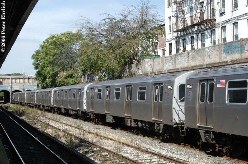 (273k, 864x574)<br><b>Country:</b> United States<br><b>City:</b> New York<br><b>System:</b> New York City Transit<br><b>Line:</b> BMT Sea Beach Line<br><b>Location:</b> 18th Avenue <br><b>Route:</b> Testing.<br><b>Car:</b> R-160A-2 (Alstom, 2005-2008, 5 car sets)  8654 <br><b>Photo by:</b> Peter Ehrlich<br><b>Date:</b> 9/30/2006<br><b>Viewed (this week/total):</b> 1 / 2382