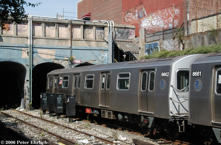 (253k, 864x567)<br><b>Country:</b> United States<br><b>City:</b> New York<br><b>System:</b> New York City Transit<br><b>Line:</b> BMT Sea Beach Line<br><b>Location:</b> 18th Avenue <br><b>Route:</b> Testing.<br><b>Car:</b> R-160A-2 (Alstom, 2005-2008, 5 car sets)  8662 <br><b>Photo by:</b> Peter Ehrlich<br><b>Date:</b> 9/30/2006<br><b>Viewed (this week/total):</b> 1 / 2527